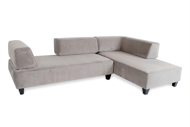 Laguna sectional more decor for Abanos furniture industries decoration llc